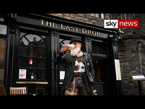 Scotland's pubs and restaurants banned from selling alcohol indoors for 16 days - uk covid-19 update