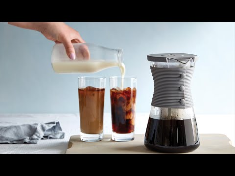 How to make cold brew coffee   pampered chef cold brew pitcher demo