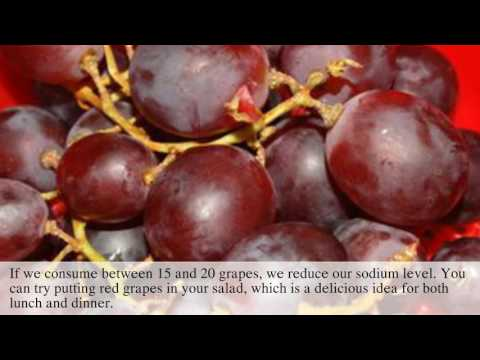 Benefits of red grapes - 5 reasons to eat red grapes
